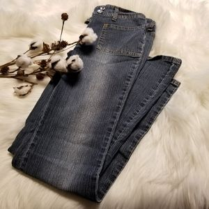 Very nice fitting and soft blue jeans